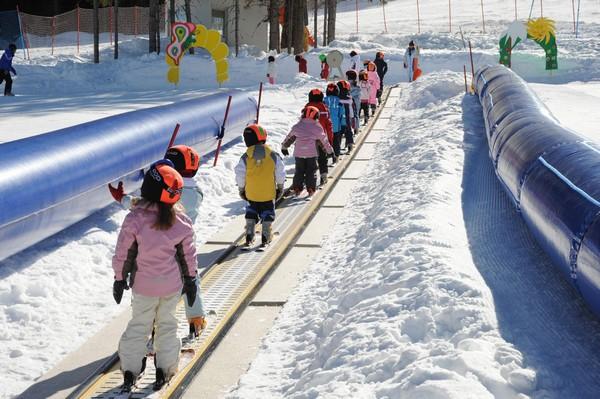 Attività invernali per bambini e adulti sulla neve