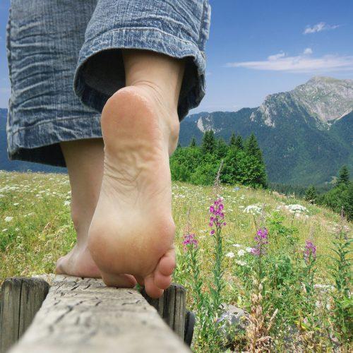 walk-barefoot